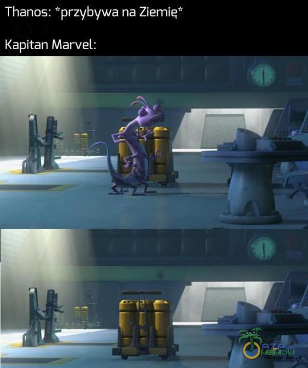 Thanos: *przybywa ne Ziemie* Kapitan Marvel: